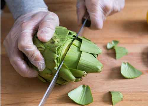 How-To-Cut-An-Artichoke-steps-1