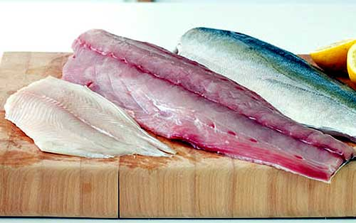 How-to-Choose-Fresh-Fish-White-fish-should-look-really-white-cooking-tips